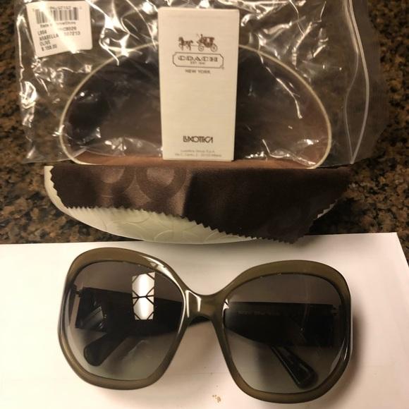 2ad4c8ed70162 Brand new Coach Arabella sunglasses in Olive